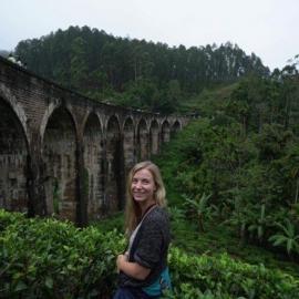 Beth_Standish_volunteer_sri_lanka