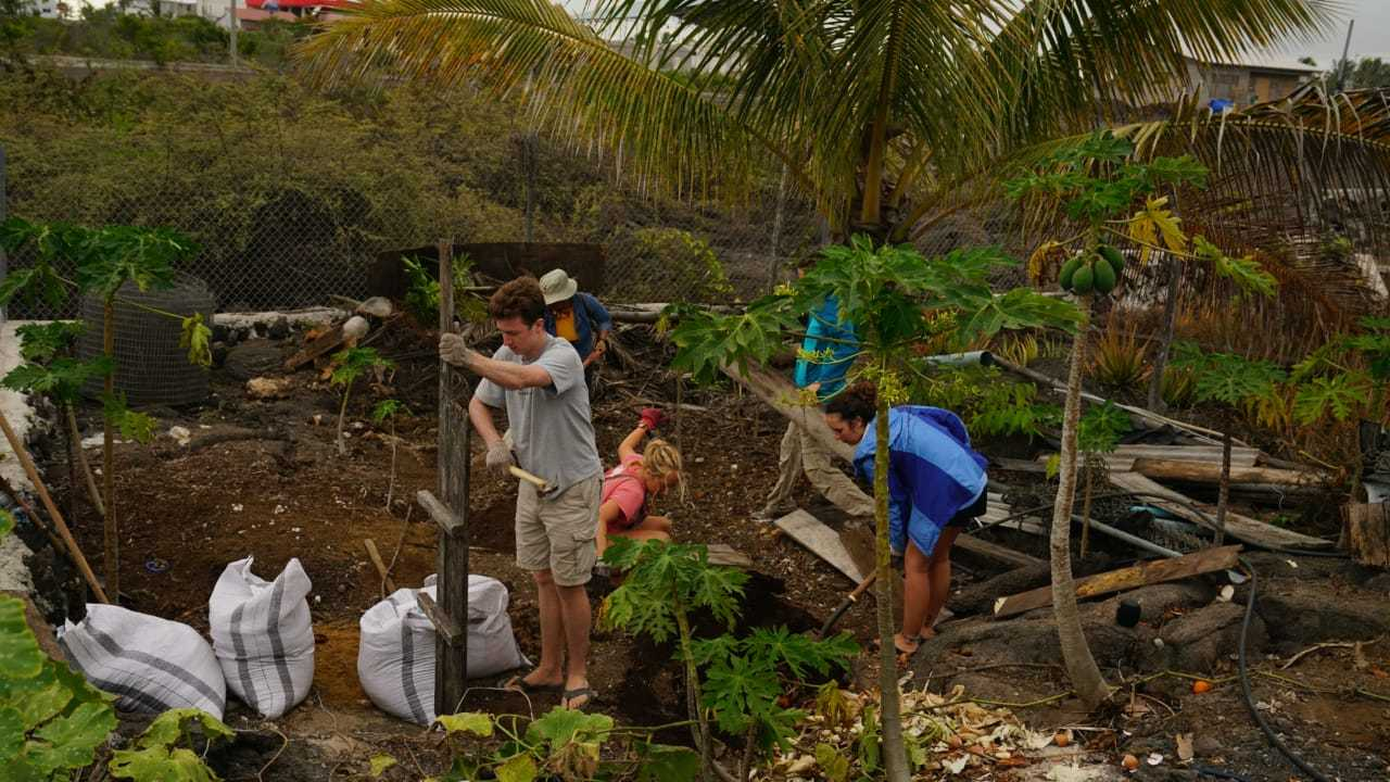 Sustainable Agriculture Volunteer Project, Galapagos