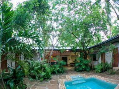 Kenya volunteer house