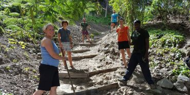 Volunteers maintaining a trail on St Eustatius