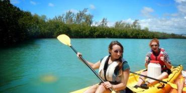 Volunteers kayaking in Mauritius