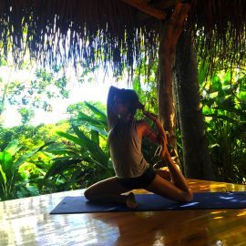 Yoga for volunteers in Costa Rica