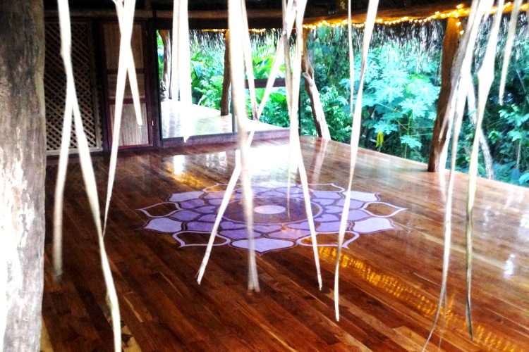 Yoga studio for volunteers in Costa Rica