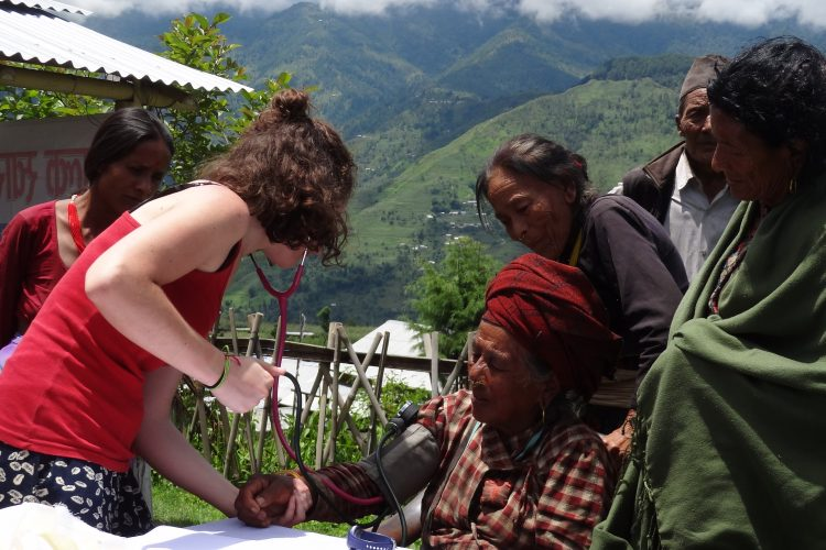 Medical volunteer in Nepal
