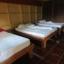Volunteer bedroom in Costa Rica