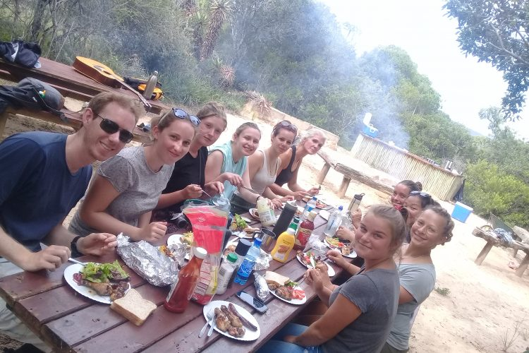 Volunteers eating at Kariega Game Reserve