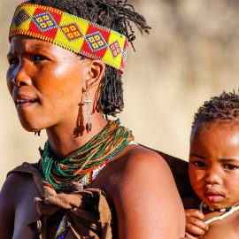 San bushmen mother and child in Namibia