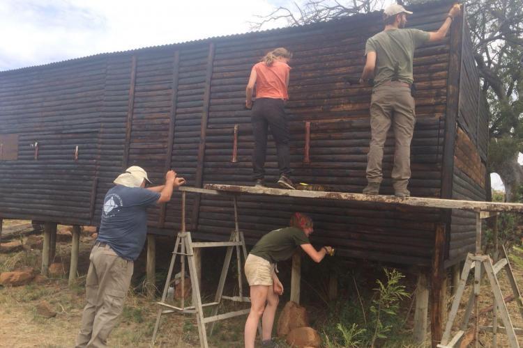 Volunteers building in South africa