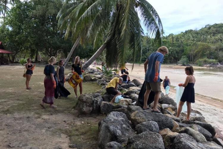 Beach cleanup volunteers in Thailand