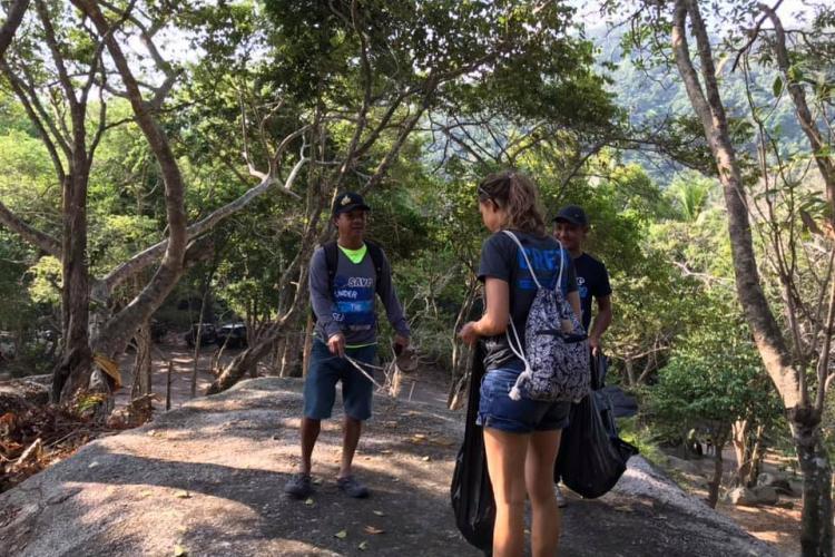 Conservation volunteers in Thailand