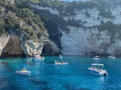 alttagGreeceboatsbluewaters